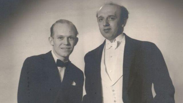 Axel y Eigil Axgil