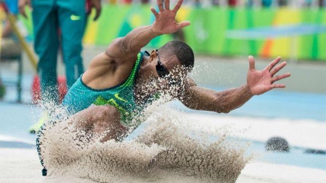 A irmã de Ricardo Costa, Silvania, também já foi medalhista de ouro, no Mundial de Doha, em 2015. Ele diz que ela é sua maior inspiração.