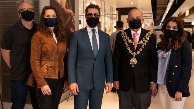 Lord Mayor of Birmingham meets Tom Cruise and co-star Hayley Atwell