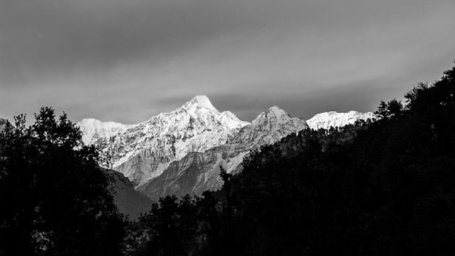 Longsor Gletser Di Himalaya