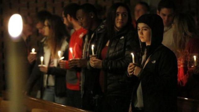 وقفة بالشموع في مدينة كولومبوس تضمامنا مع ضحايا الهجوم