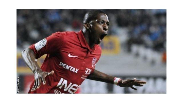 Younousse Sankhare souhaite jouer aussi plus fréquemment avec les Lions du Sénégal