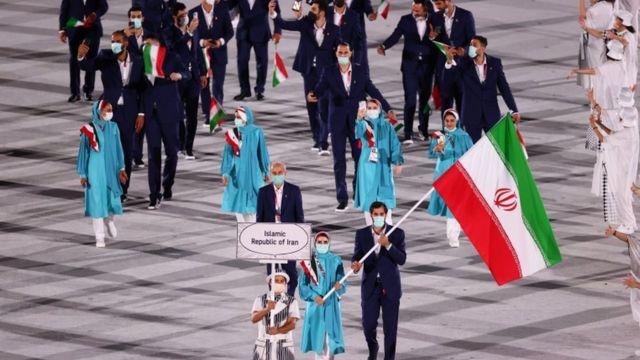 مراسم افتتاحیه رسمی المپیک توکیو در استادیومی خالی از تماشاگر آغاز شد - BBC  News فارسی