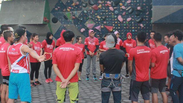 Kisah Aries Susanti Spiderwoman Juara Dunia Panjat Tebing Puasa Tak Halangi Latihan Bbc News Indonesia