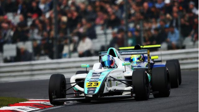 Billy Monger racing Formula 4 car