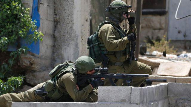 جنديان اسرائيليان