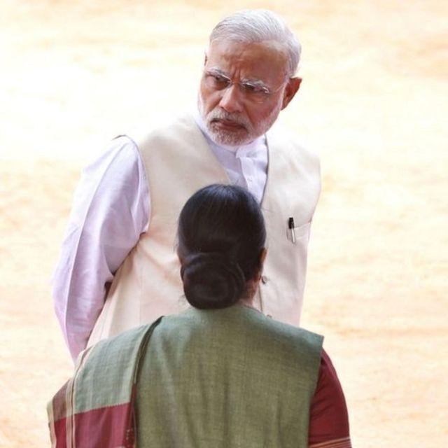 सुषमा स्वराज, नरेंद्र मोदी के साथ