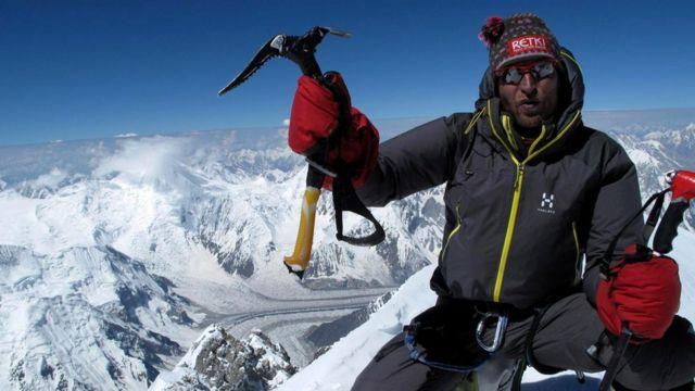 Вейкка Густафссон на одной из вершин (8080 м) горного массива Гашербрум в Пакистане
