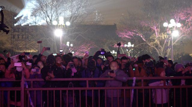 故宫罕见夜间开放的消息引爆了中国社交媒体。