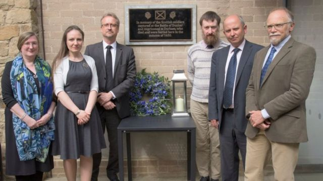 Durham University unveils plaque to Scottish Battle of Dunbar prisoners