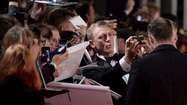 Daniel Craig on the red carpet on Monday evening