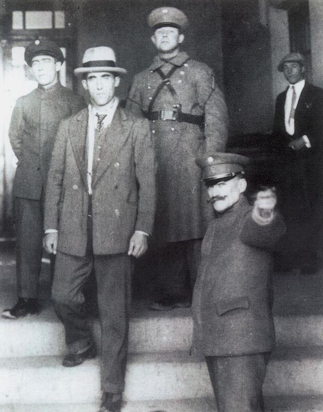 """Radowitzky saliendo de la """"cárcel del fin del mundo"""""""