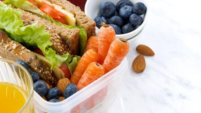 Употреблять в пищу только минимально обработанные продукты - вроде бы разумно. Но только до тех пор, пока это не превращается в навязчивую идею