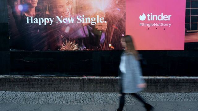 Tinder advertisment