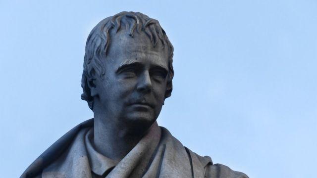 Монумент Вальтеру Скотту в Эдинбурге