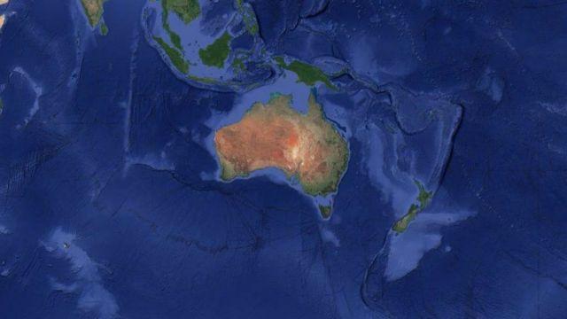 Los datos satelitales se pueden utilizar para visualizar el continente de Zelandia, que aparece como un triángulo azul pálido invertido al este de Australia.