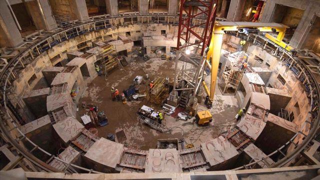 Reator nuclear do Iter em construção