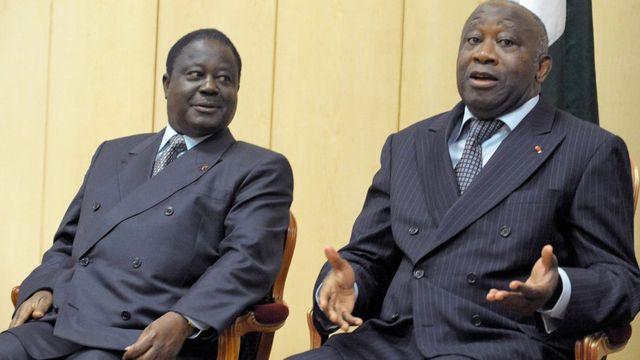 En parlant de ceux de sa génération, Alassane Ouattara fait allusion à Henri Konan Bédié (à gauche) et Laurent Gbagbo.