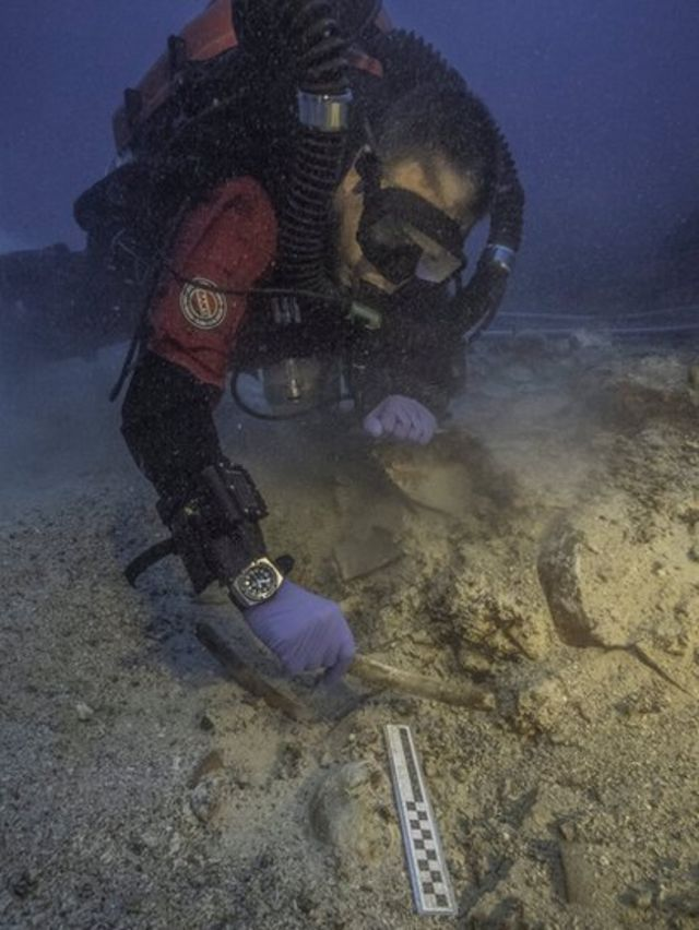 Arqueólogos submarinos encontraram parte de um esqueleto no lugar onde foi descoberto o mecanismo de Anticitera