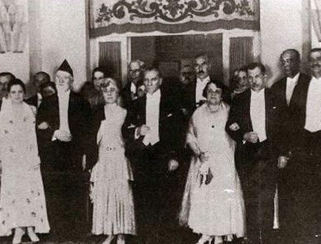 Venizelos'un 1930'da Ankara Palas'ta Atatürk'le bir arada çektirdiği fotoğraf