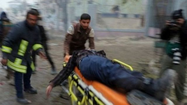 सीरिया में घायल लोग