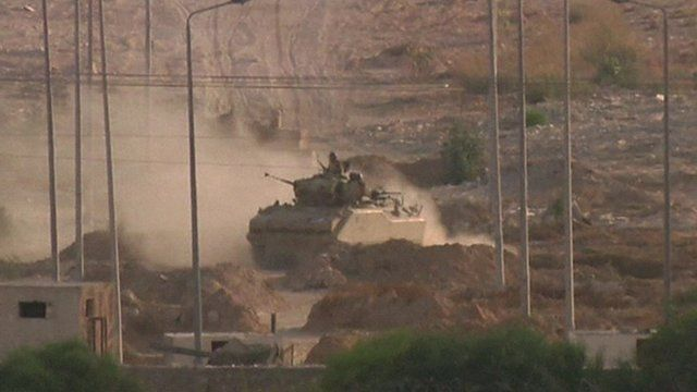 Heavy fighting in Sinai between Egyptian forces and jihadists