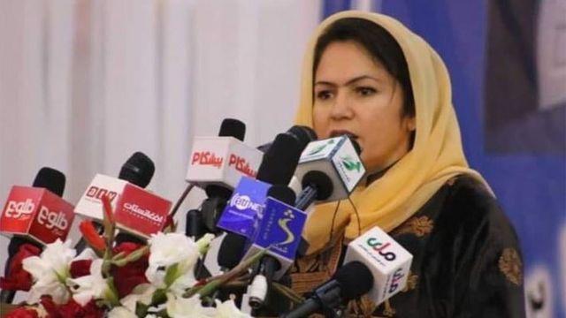 탈레반 몰락 이후 TV와 라디오 채널이 급속도로 늘어났다