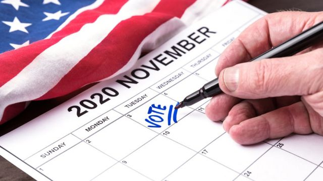 Man marks voting date on calendar