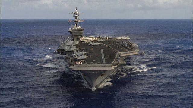 美军卡尔文森号航母