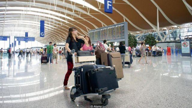 एयरपोर्ट