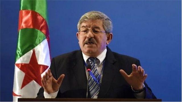 L'ancien Premier ministre Ahmed Ouyahia (en photo) et l'actuel ministre des Finances, Mohamed Loukal, sont concernés par les enquêtes pour corruption présumée, selon la télévision d'Etat.