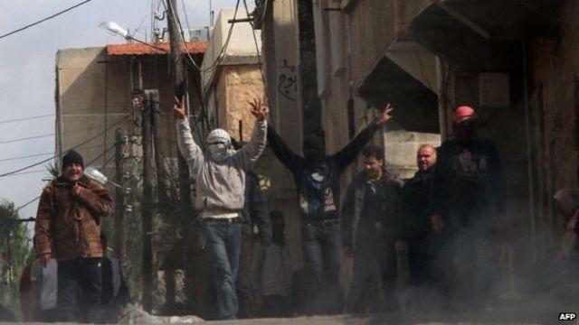 सीरियातल्या युद्धाची क्षणचित्रे