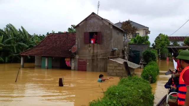 Many people are in need of urgent shelter in Quang Binh province