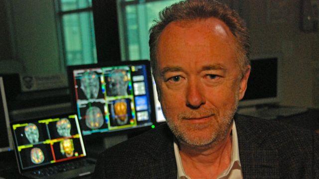 睡眠と認知力の研究を主導するウェスタン大学のエイドリアン・オーウェン教授