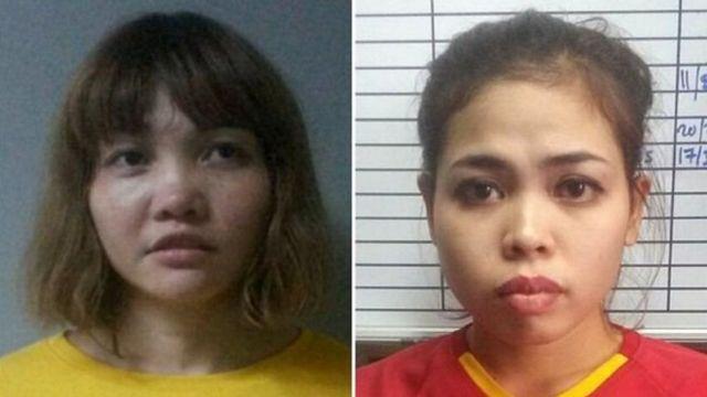 Đoàn Thị Hương (trái) và Siti Aisyah (phải) nói họ bị lừa tham gia trò chơi khăm trong một chương trình truyên hình thực tế.