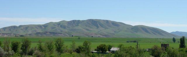 Бишкек - Ыйык - Тоо же Байтиктин боз бөлтөгүнүн түштүк тарабы. Азыркы сүрөт.