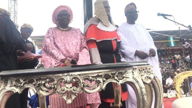 Gomina Kayode Fayemi ati iyawo rẹ