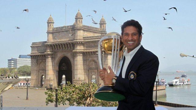 2011: ప్రపంచకప్ సాధించిన భారత్.