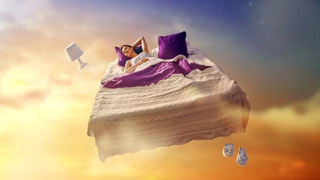 Вспомнить сон: почему это бывает так трудно? - BBC News Русская служба