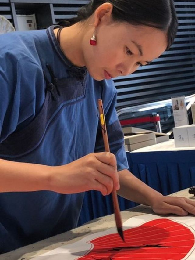 Pintando un abanico