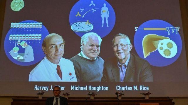 2020諾貝爾醫學獎頒給三名幾十年來潛心研究丙型肝炎的英美科學家,阿爾特、霍頓和尼斯(從左至右)