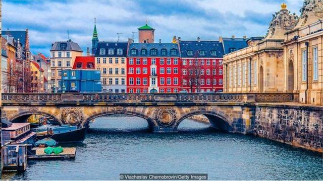 丹麥政府的金融援助方案被譽為世界楷模