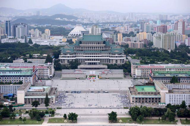 9·9절 행사에 앞서 정돈된 모습의 김일성 광장