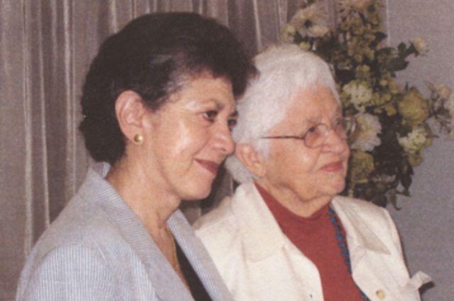 Lillian y Phyllis, el día de su (primer) casamiento, en 2008.