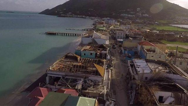 ドローンで撮影されたセント・マーティン島の映像から