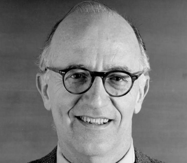 ادوارد هرمن