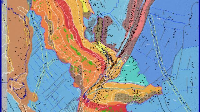 La bande de roche rouge - le batholite médian - devrait parcourir toute la Zélande en ligne diagonale, mais au lieu de cela, elle a été déformée.
