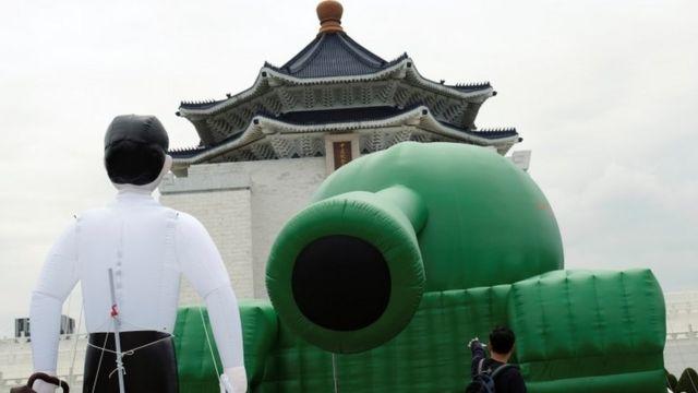 Taiwan 'Tank Man' marks Tiananmen crackdown anniversary