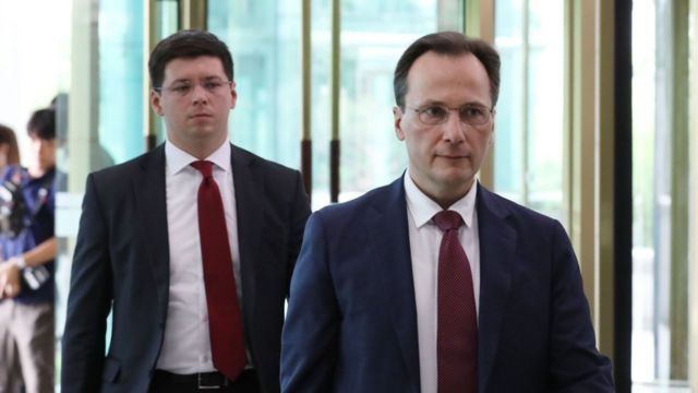 막심 볼코프 주한 러시아 대사대리가 23일 오후 서울 종로구 외교부로 초치됐다