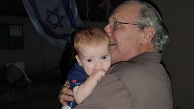Zuroff with his youngest grand daughter Daniela